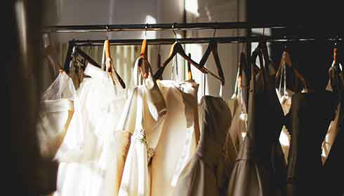 ウエディングドレス フィッティング