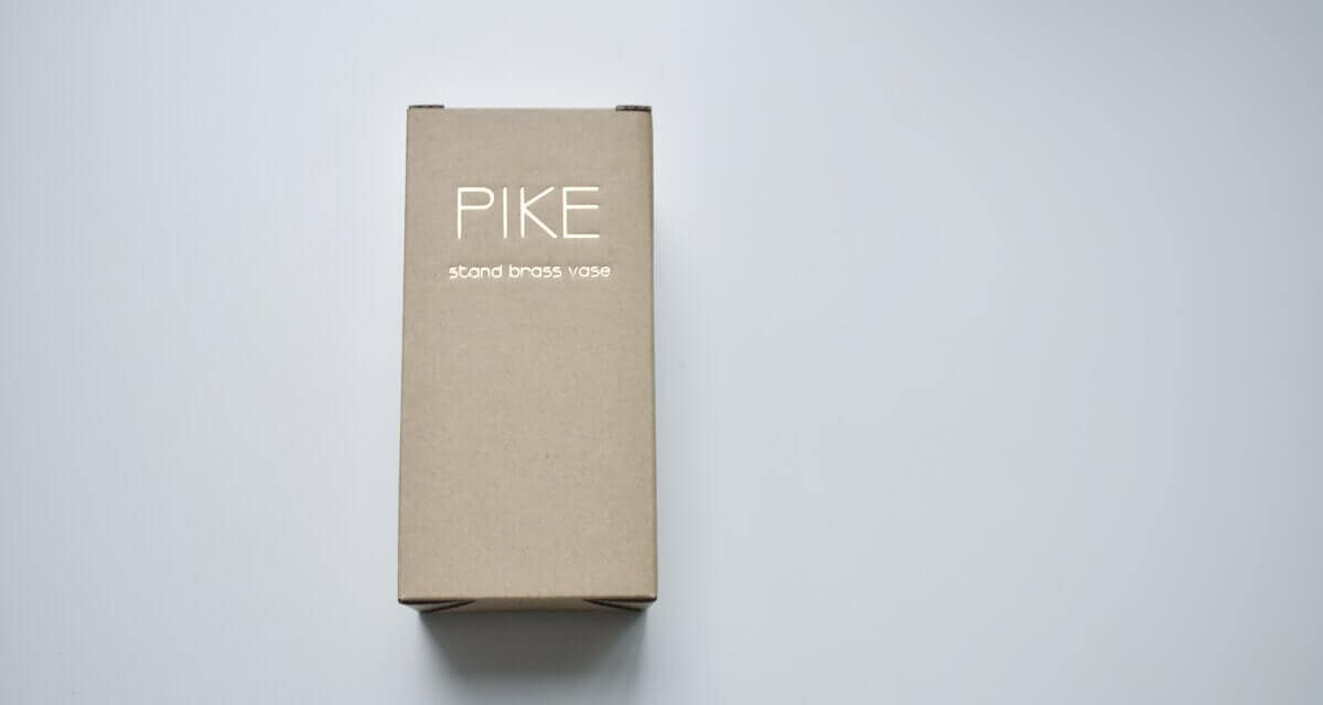 pike stand brass vase