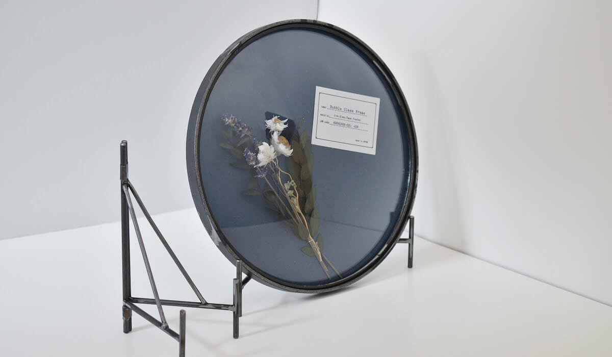 bubble glass frame