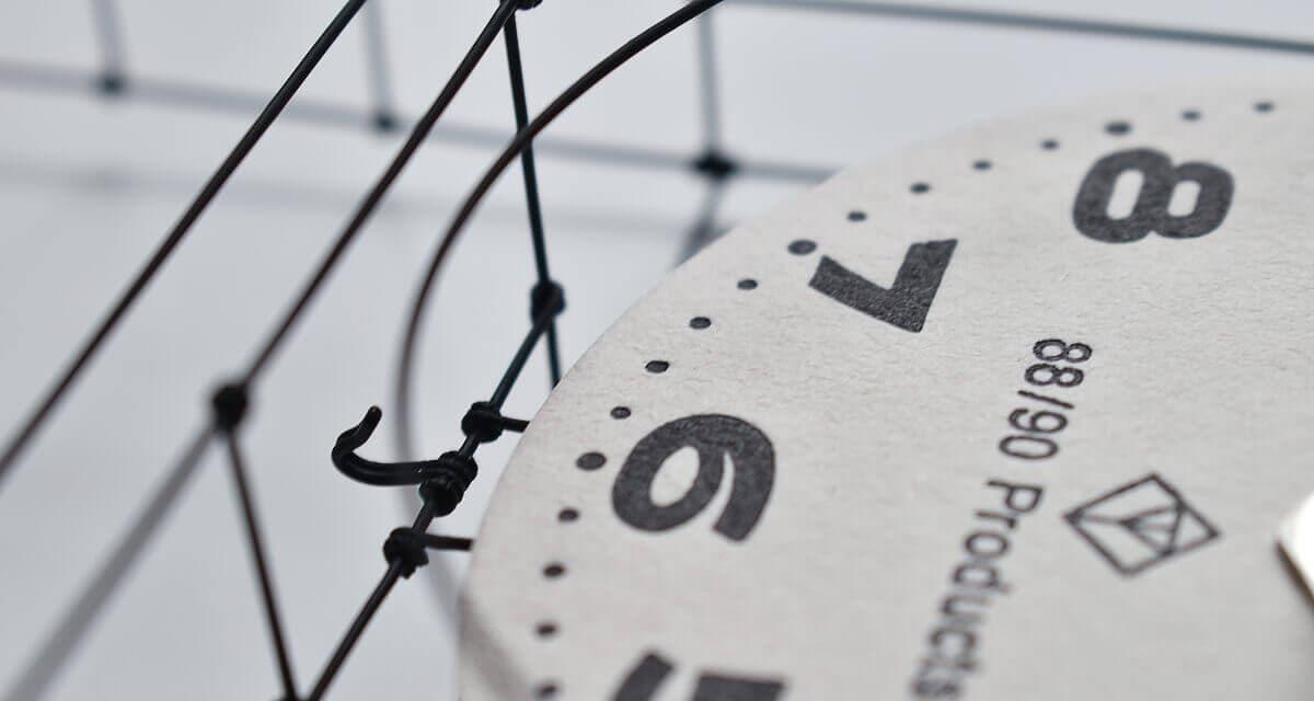 ワイヤークロック wire clock