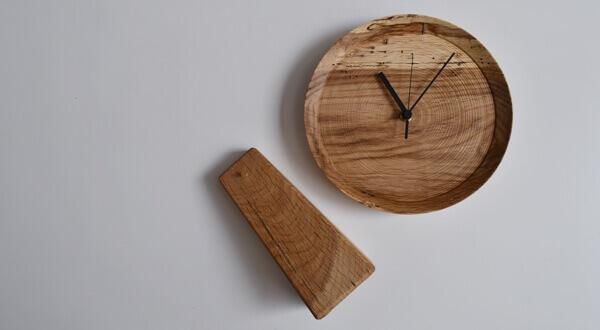 虫喰いの時計