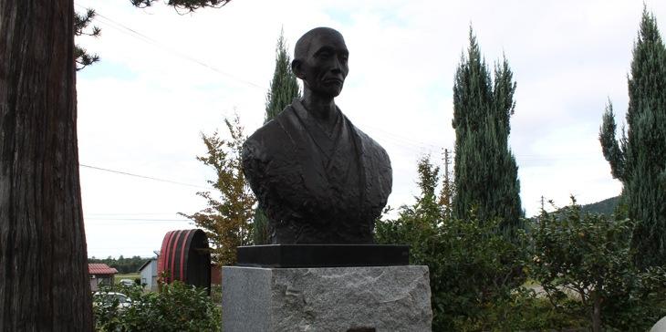 川上善兵衛生誕150年記念ワイン