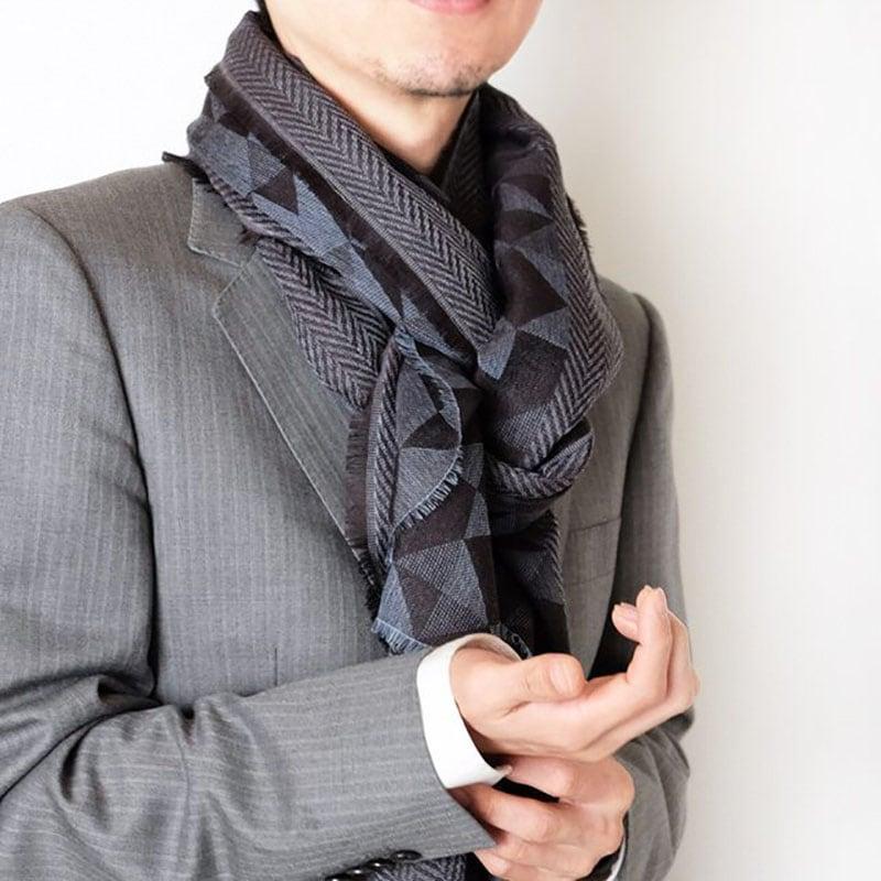 人気のメンズストール大判サイズ【幾何学ブルーブラック】