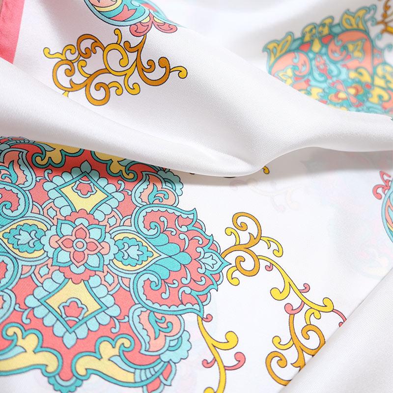 シルクスカーフ イタリア製 88cm角約90×90サイズ ピンク色 アラベスク唐草模様1