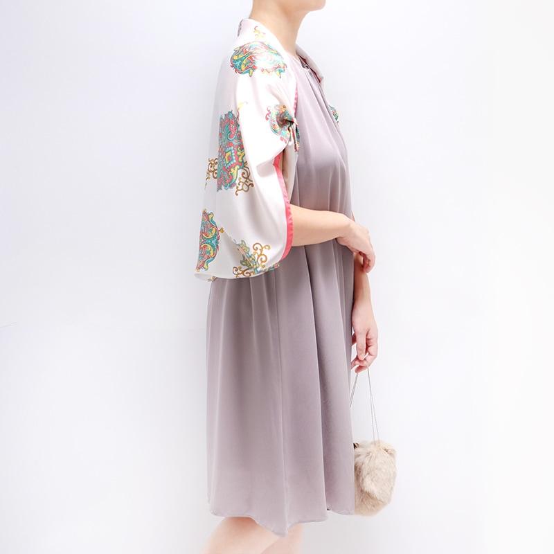 シルクスカーフ ワンピースとのコーデ パーティーに使えるボレロ巻き 88cm角約90×90サイズ ピンク色