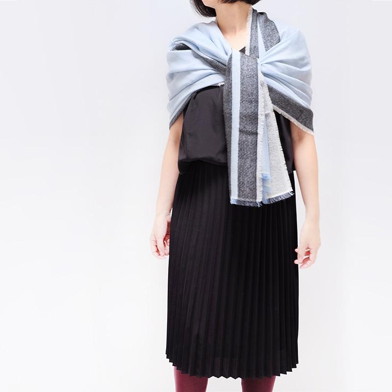 ハンサムな織りとふわふわモヘアの甘辛MIXな大判ショール