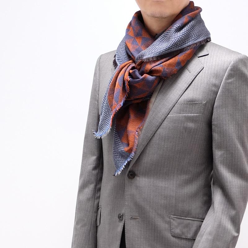 ストール メンズ スーツ ビジネス 通勤コーデ レッドネイビー