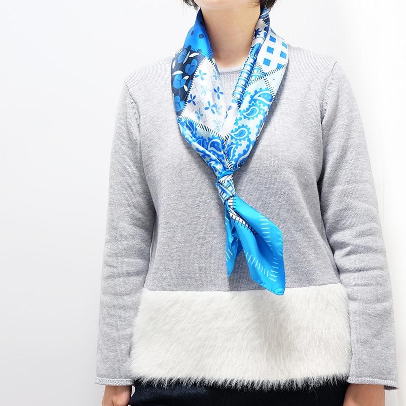 シルクスカーフ グレー色ニットとのコーデ 春と秋におすすめ 88cm角約90×90サイズ ブルー色