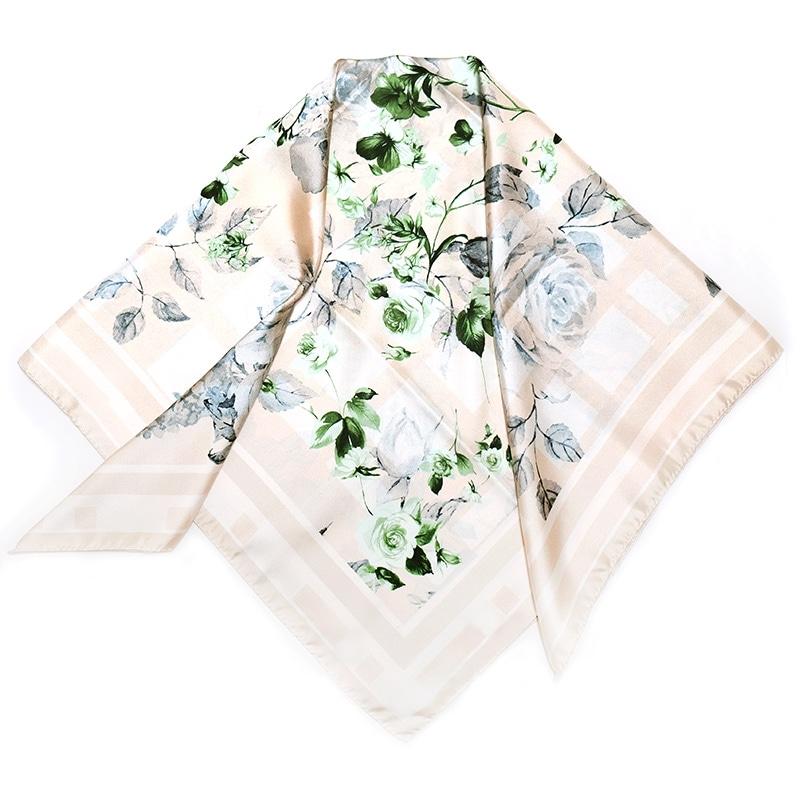 イタリア製 春夏スカーフ ベージュ・フラワーガーデン4