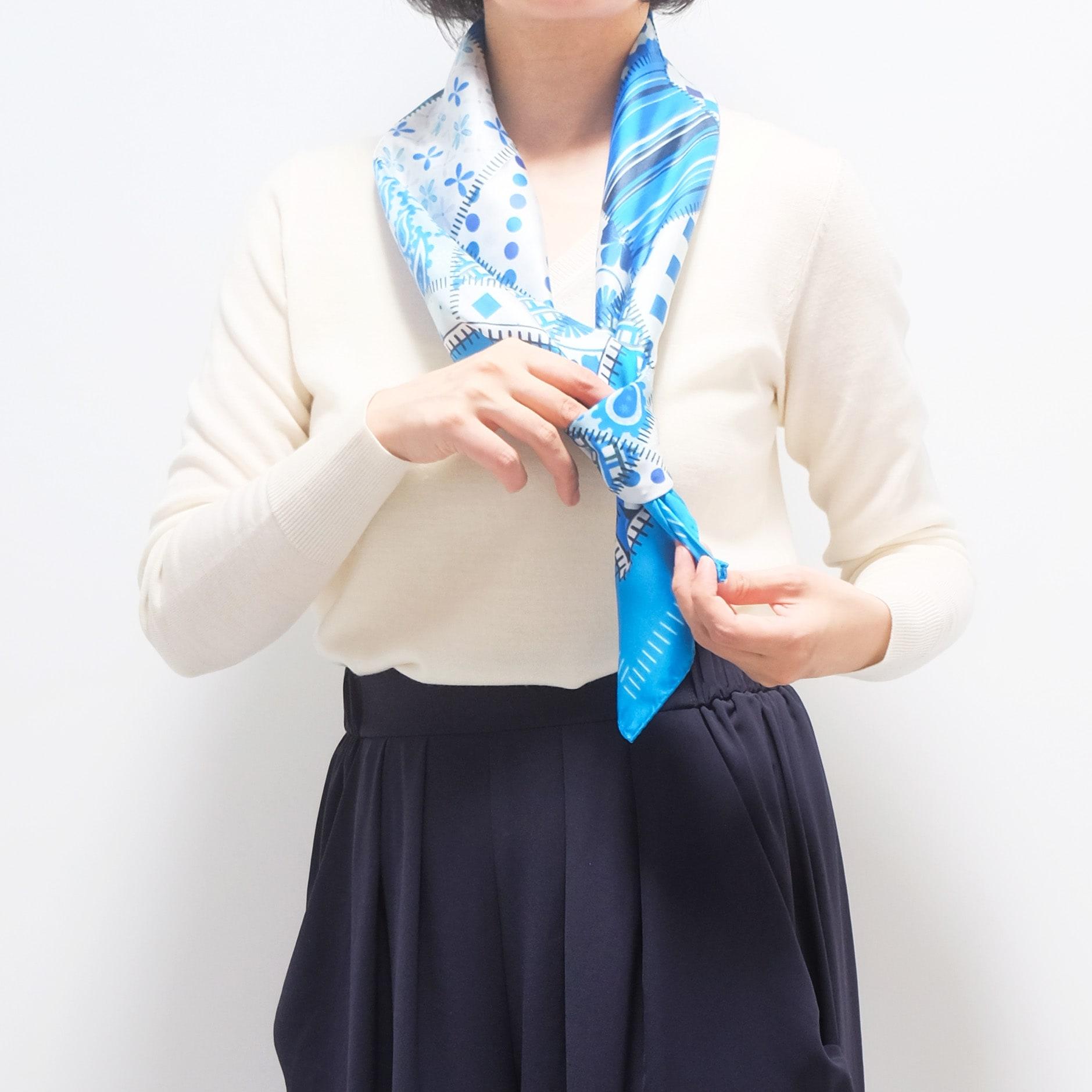 スカーフの巻き方3