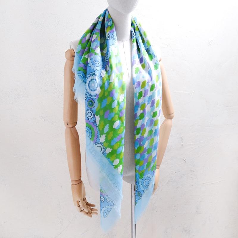 大判サイズのレディーススカーフ 120センチ×120センチの四角形ストール 四角形のスカーフ