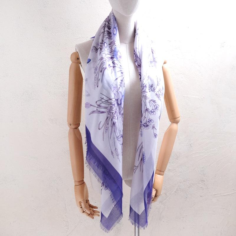 大判ストール 春夏の暑さ 冷房による冷えを防ぐ 羽織って使える 正方形の大判スカーフ