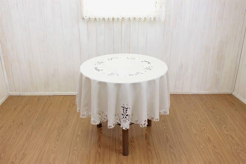 カットワーク刺繍テーブルクロス、円形150cm