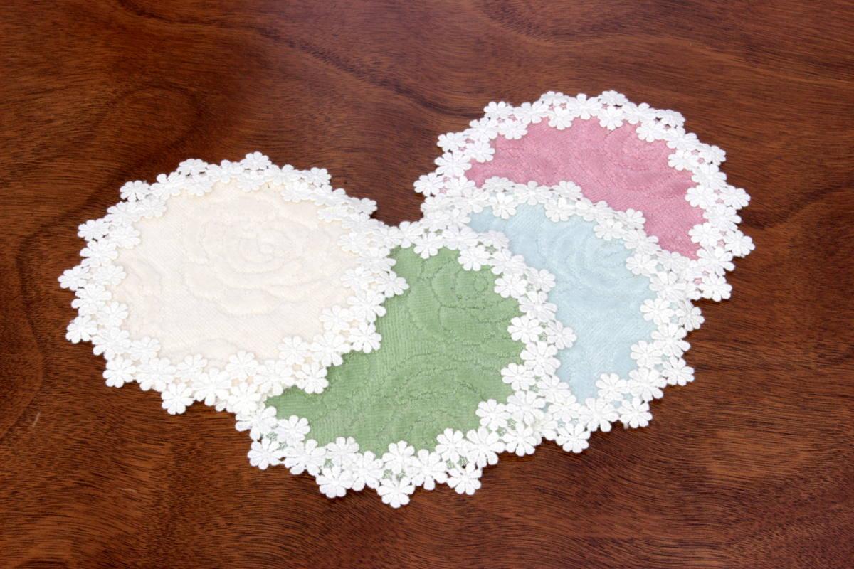 バラのジャカード織タオル、コースターはオフホワイト、ダークグリーン、ブルー、ローズの4色です。