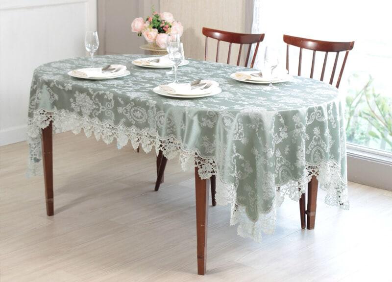 ジャガード織りのテーブルクロス