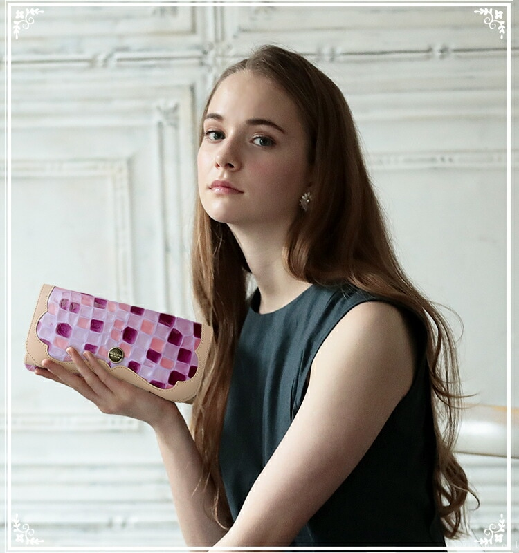 Clelia-u-本革がま口エナメル長財布