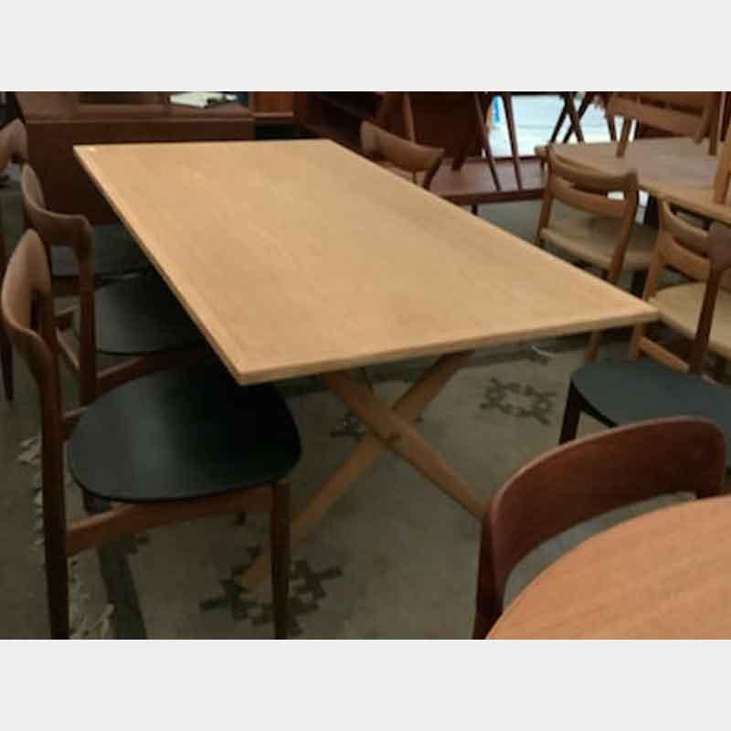 北欧ヴィンテージ家具 AT303 table