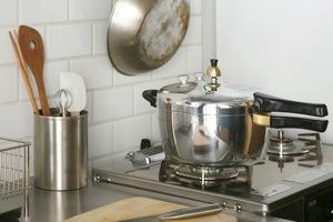 ピース圧力鍋(鋳物屋)