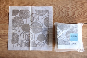 ナプキンとコースター (倉敷意匠×点と線模様製作所)