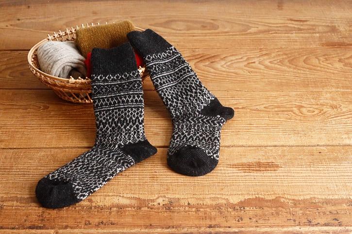 ウールジャガードソックス チャコール(西口靴下)