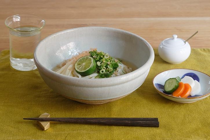 玉縁鉢 (佐藤大寿)