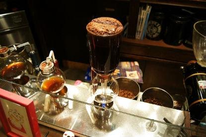 コーヒーサイフォンの仕組みとは