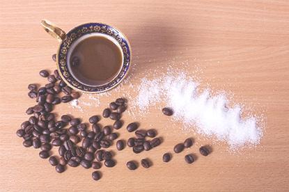 コーヒーに使用する砂糖とミルクの味の違い