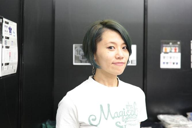 髪色を一新