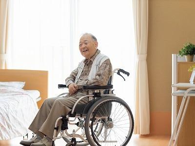 介護施設にいる高齢者にプレゼントを送る注意