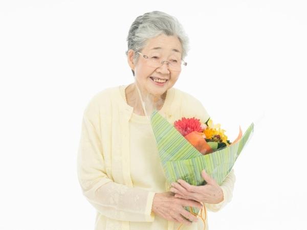 【敬老の日】祖母・高齢の母へのおすすめプレゼント