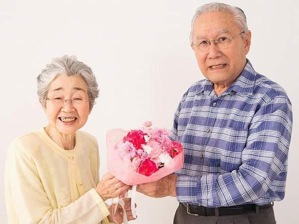 祖父・祖母へのメッセージ文例集