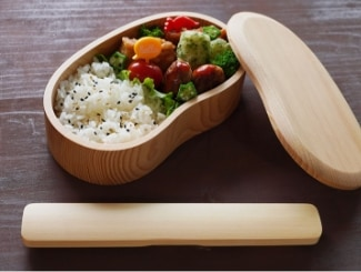 木のお豆型くりぬき弁当箱 ナチュラル・漆