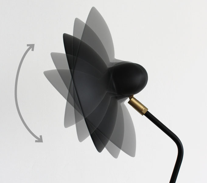 Arles floor lamp シェード角度調節可能