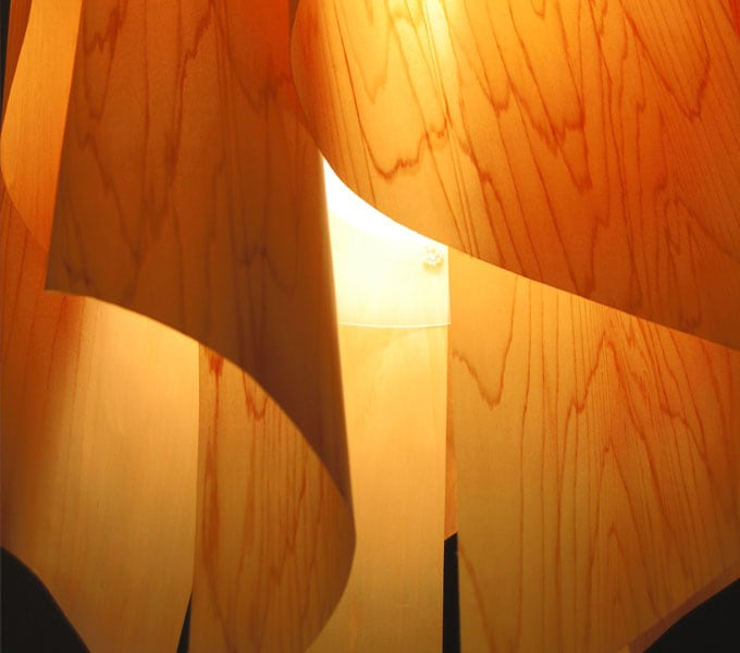 Auro-wood M pendant lamp 点灯時