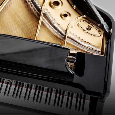 輸入ピアノ