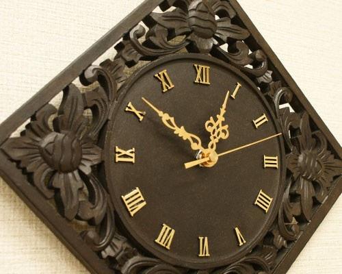 アジアン 木製 壁掛け時計 レトロ