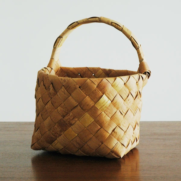 wallbasket,Sサイズ,白樺のカゴ,nadja shop,フィンランド,北欧雑貨
