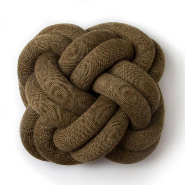 knot cushion,ノットクッション,ブラウン
