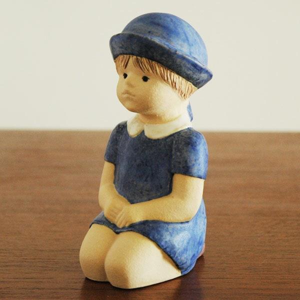 little girl,彫像,オブジェ,置物,Lisa Larson,リサラーソン,北欧,スウェーデン,子ども,北欧雑貨,北欧インテリア