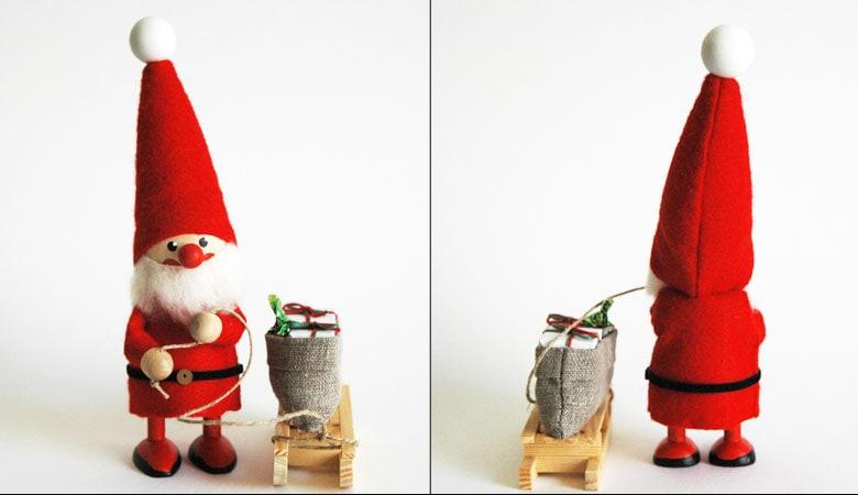 エストニアのハンドクラフトのソリを引くサンタクロースのオブジェ,置物,北欧エストニア,北欧雑貨,北欧インテリア,北欧ギフト