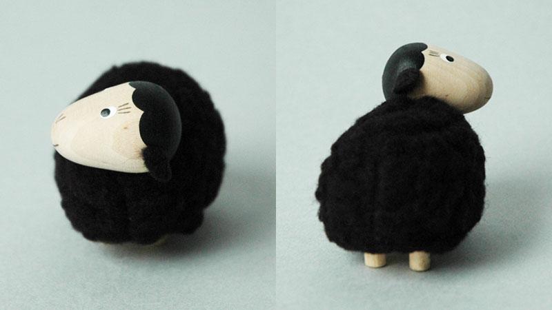 エストニアのハンドクラフトの羊のオブジェ,置物,北欧エストニア,北欧雑貨,北欧インテリア,北欧ギフト