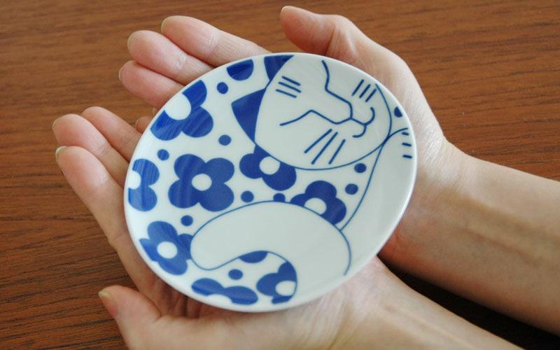 手のひらにのるとても可愛い豆皿です。,ごのねこ豆皿,有田焼き,Lisa Larson,リサラーソン,JAPAN Series,北欧雑貨,北欧インテリア,北欧キッチン雑貨