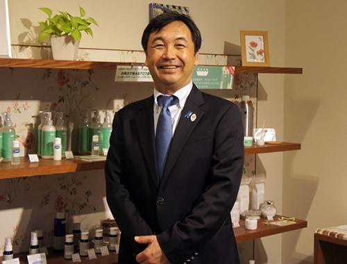 代表取締役 興津 秀憲