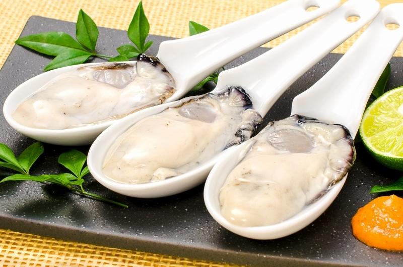 生牡蠣 蓮華
