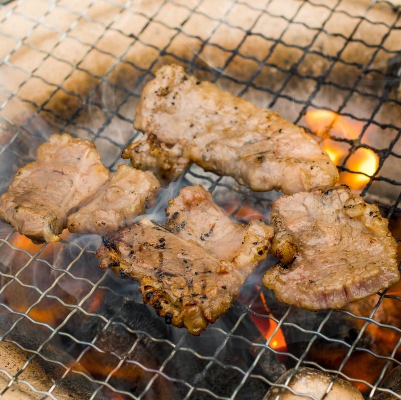 塩ダレ牛カルビ焼肉 16