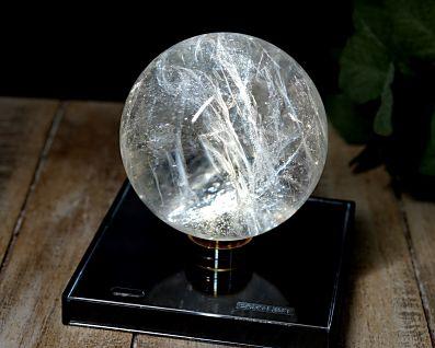 ブラジル産 本水晶 丸玉 (銀河水晶) 84mm玉 No.5