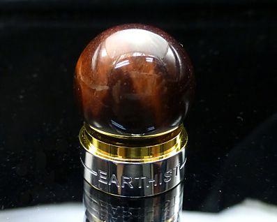 レッドタイガーアイ 丸玉置物 (赤虎目石) 20mm玉