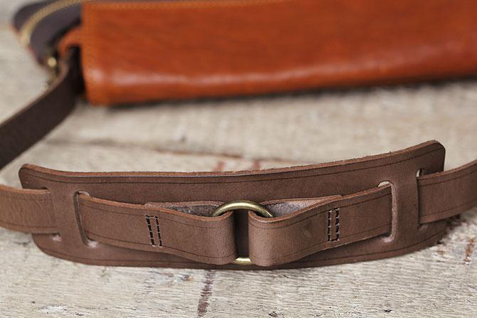 パンチング 馬革 ショルダーバッグ メンズ IRREGULAR 71670 ショルダーパッド