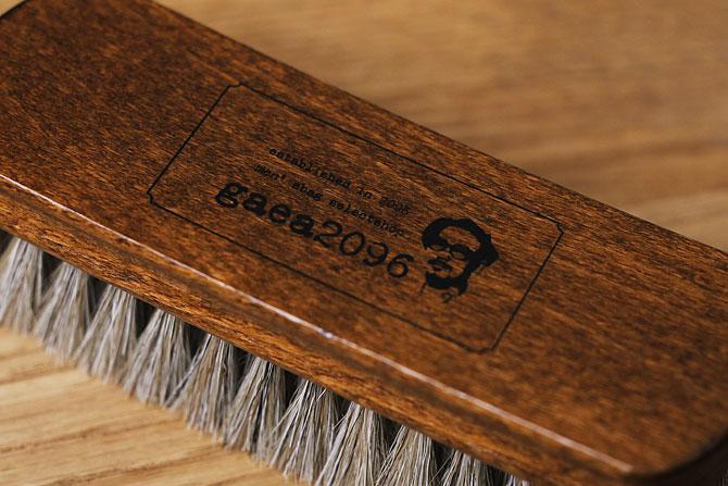 ジャーマンブラシ2 革のお手入れ用 馬毛ブラシ コロンブス ガイアロゴ