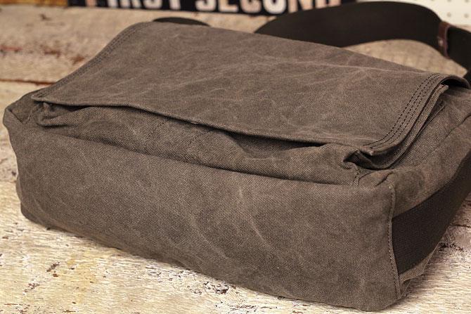 かぶせショルダーバッグ 備長炭染めハンプ バギーポート kon 2061 底部分